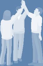3 personer giver en high five - vellykket kommunikation